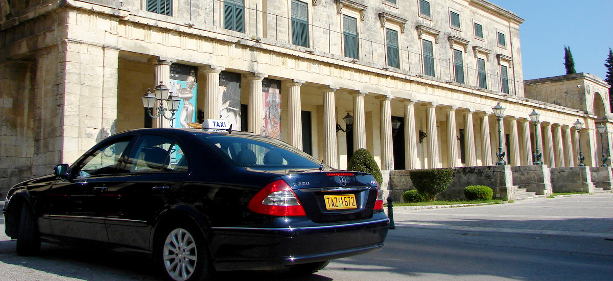 Taxi-Old-Palace