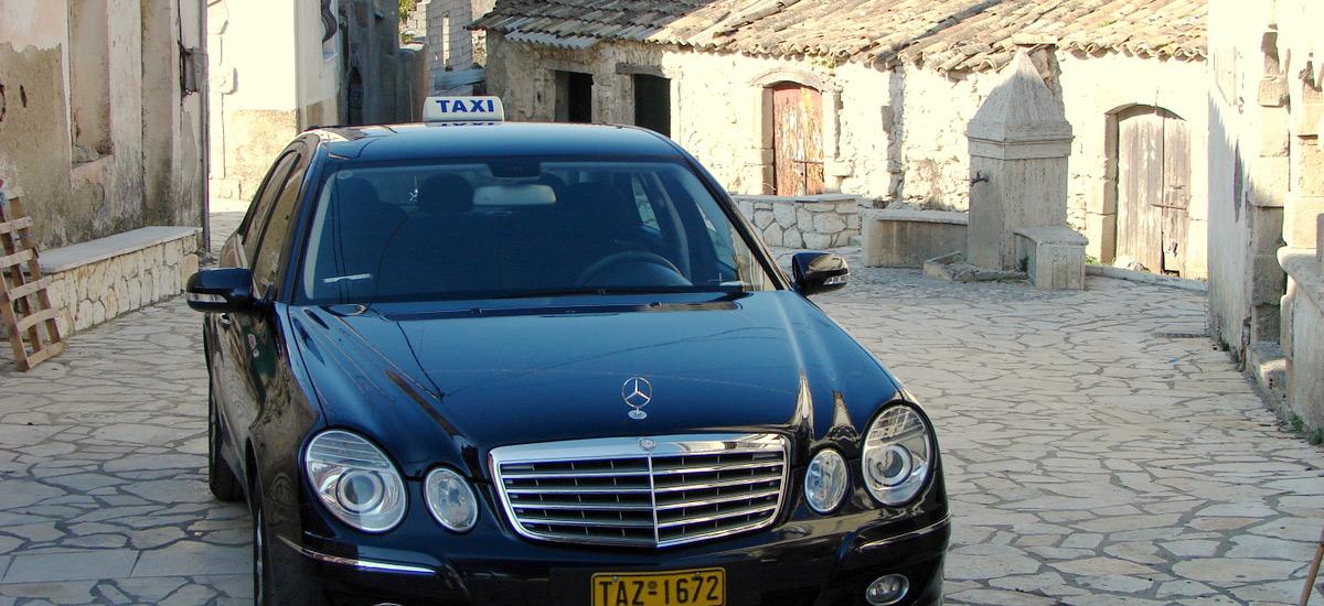 Taxi-Village